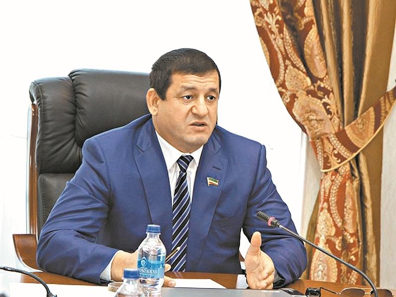 Салман Закриев