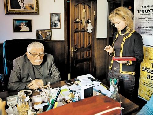 Джигарханян с Виталиной // фото: Юрий Самолыго