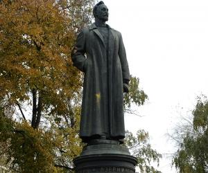 Памятник Феликсу Дзержинскому // фото: Global Look Press