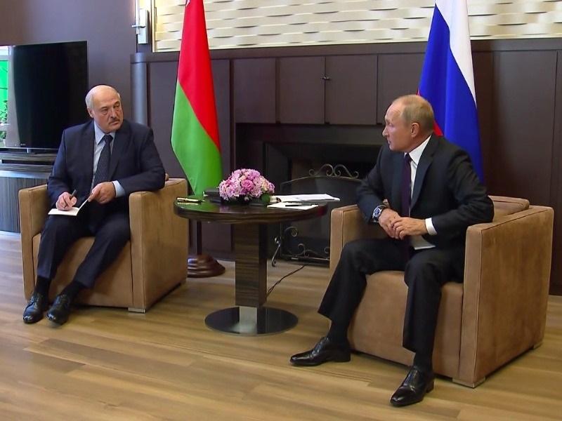 Путин и Лукашенко поругались Политолог указал на странности после встречи в Сочи