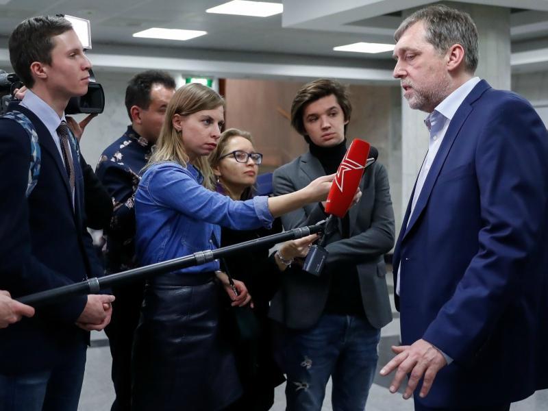 Наша журналистка спросила у Никиты Владимировича Высоцкого, о чем он чаще всего говорил с отцом