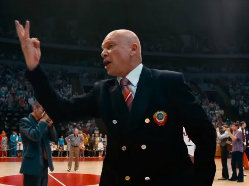 В роли Сергея Башкина, помощника тренера, в спортивном блокбастере «Движение вверх»