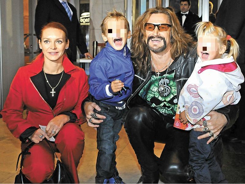 С Мариной Анисиной и детьми