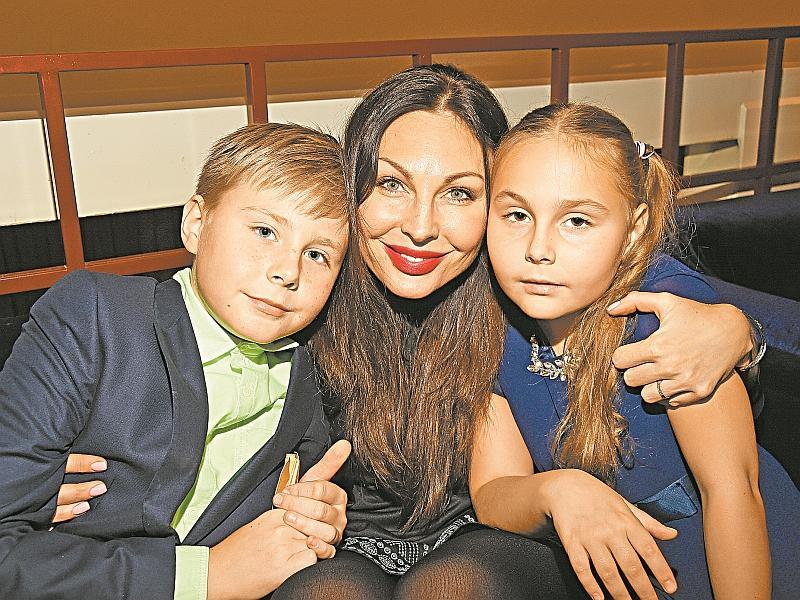 Наталья с детьми // фото: Global Look Press