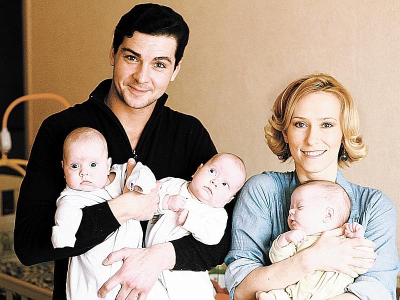 Фото марии болтневой с сыновьями сейчас
