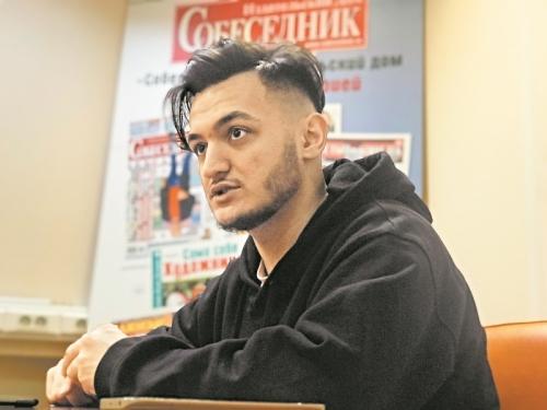Самариддин в редакции «Собеседника» // фото: Виктория Савицкая