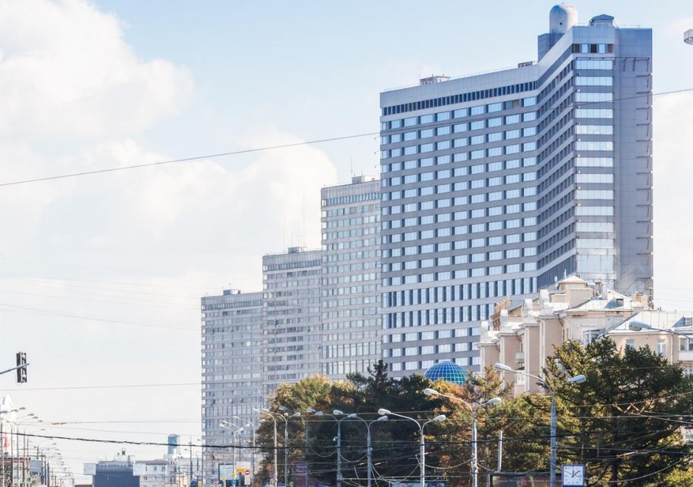 Год Нисанов и Зарах Илиев планируют открывать новые отели