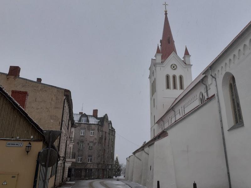 Церковь святого Иоанна в Цесисе. Фото в материале: автора