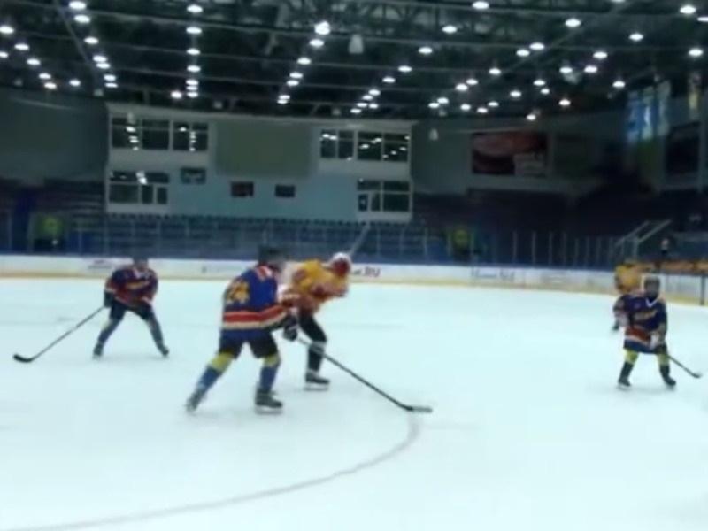 Ледовый дворец в Воскресенске // Скриншот YouTube