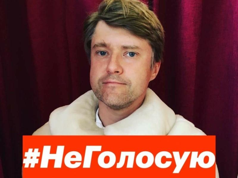 Ашурков: Под санкции из-за ареста Навального должны попасть Абрамович и Усманов