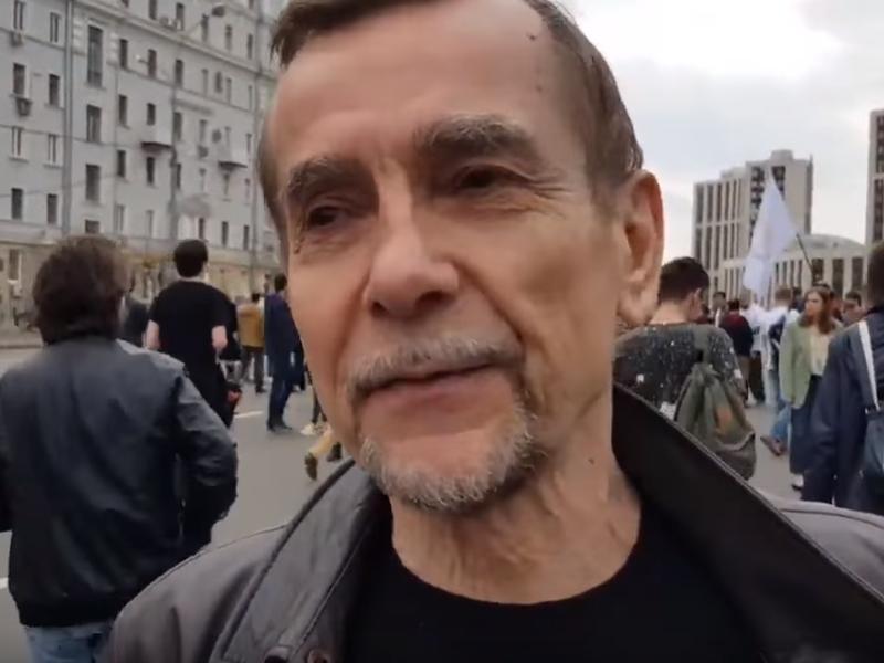 Лев Пономарев // фото: стоп-кадр с YouTube