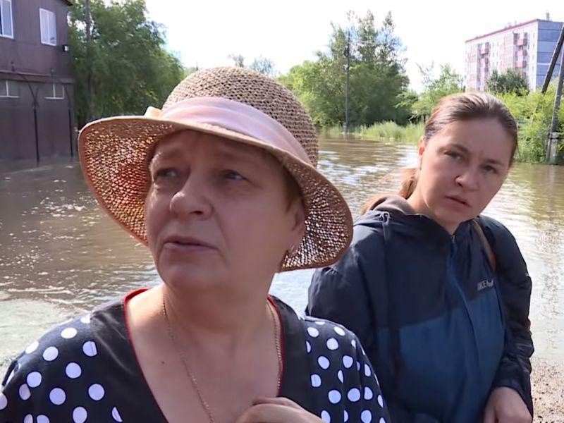 Читинцы в подтопленных районах // стоп-кадр из репортажа местного телеканала ZabTV