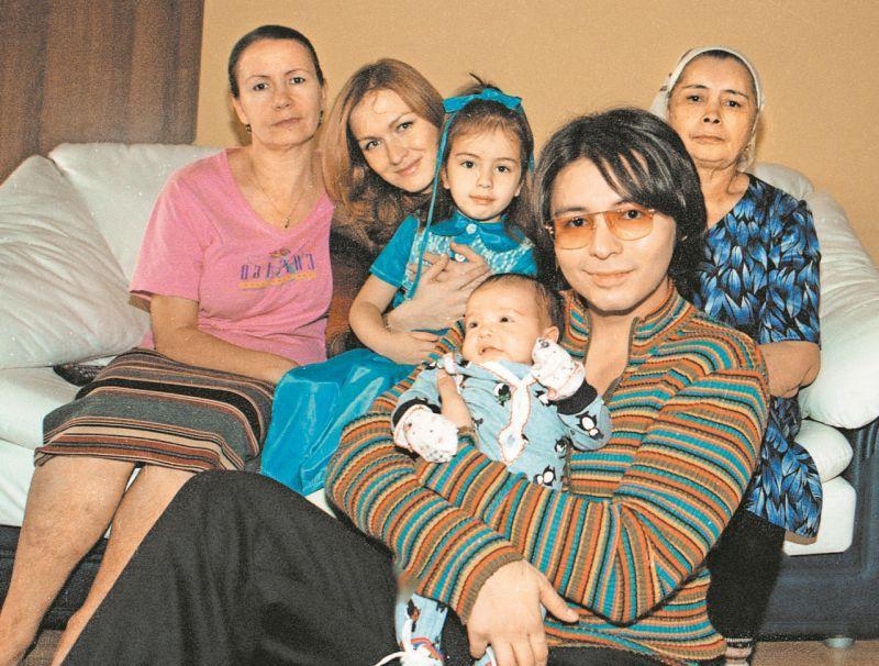 Мурат Насыров с семьей // фото: Татьяна Ртищева