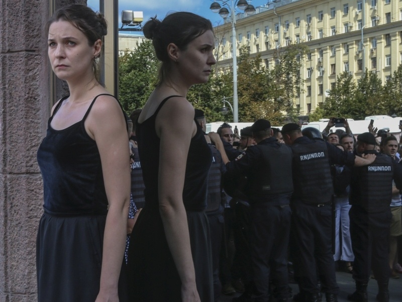 """Этого вы в программе """"Время"""" не увидите // фото: Андоей Струнин / Sobesednik.ru"""