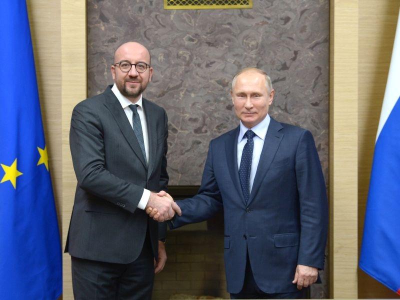Владимир Путин с бывшим премьер-министром Бельгии Шарлем Мишелем // фото: Global Look Press