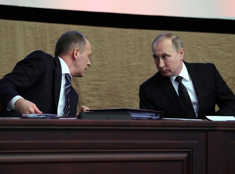Президент Владимир Путин и глава ФСБ Александр Бортников // Фото: Global Look Press
