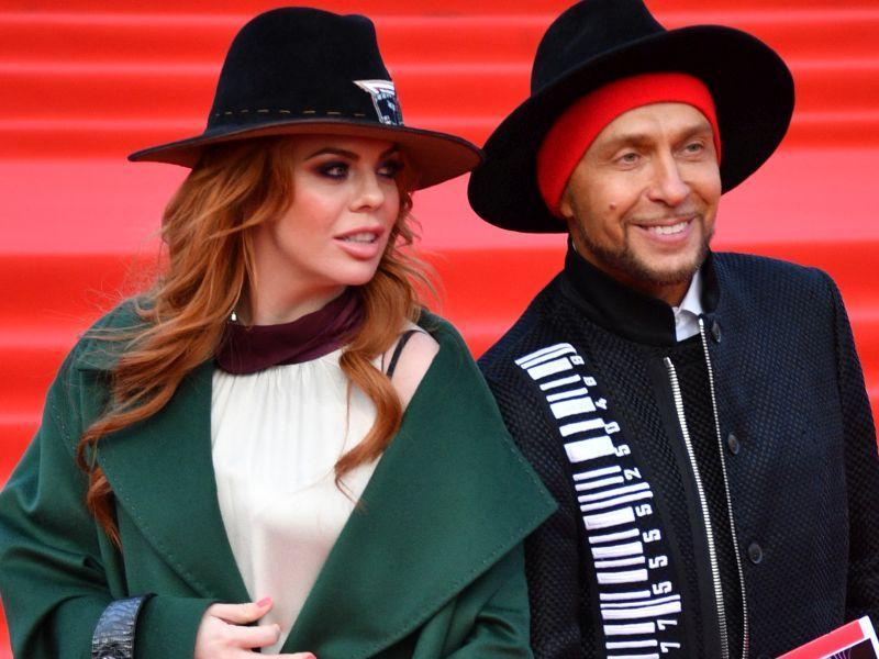 Анастасия Стоцкая и Игорь Гуляев на красной дорожке Московского кинофестиваля, апрель 2018 года // фото: Global Look Press