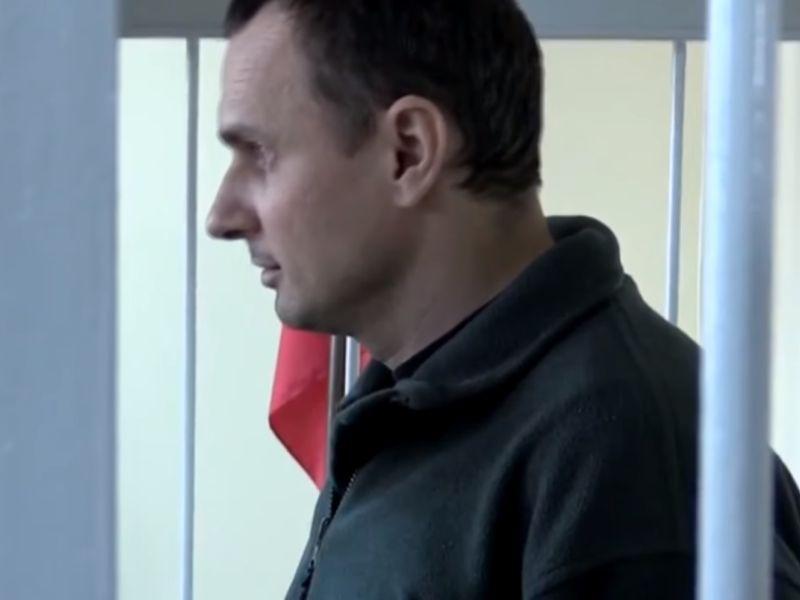 Олег Сенцов в зале суда // стоп-кадр Youtube