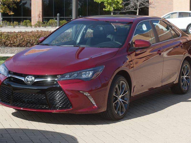 Так выглядит Toyota Camry XSE // фото: Mark Bialek / ZUMAPRESS.com / Global Look Press