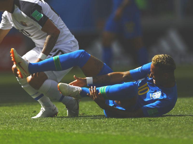 Неймар в матче против сборной Коста-Рики на ЧМ-2018 – снова на газоне // фото: Mehdi Taamallah / ZUMAPRESS.com / Global Look Press