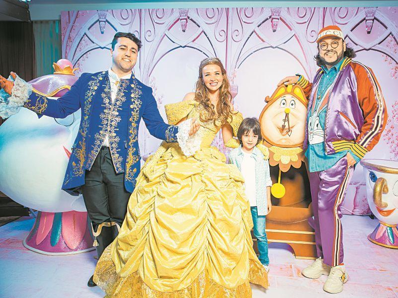 Филипп Киркоров с сыном Мартином-Кристином на показе детских платьев Саши Ким