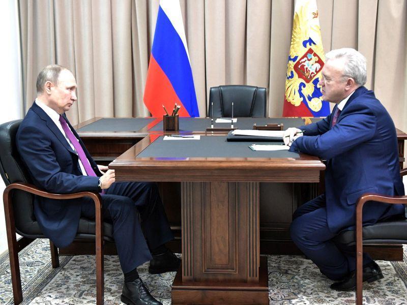 Александр Усс на встрече с Владимиром Путиным в Красноярске, февраль 2018 года // фото: Kremlin Pool / Global Look Press