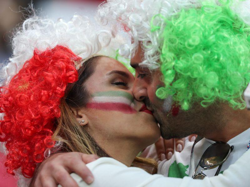 Болельщики сборной Ирана на матче ЧМ-2018 против испанцев, 20 июня, Казань // фото: Saeid Zareian / dpa / Global Look Press