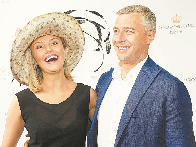 Счастливые родители // фото: Global Look Press