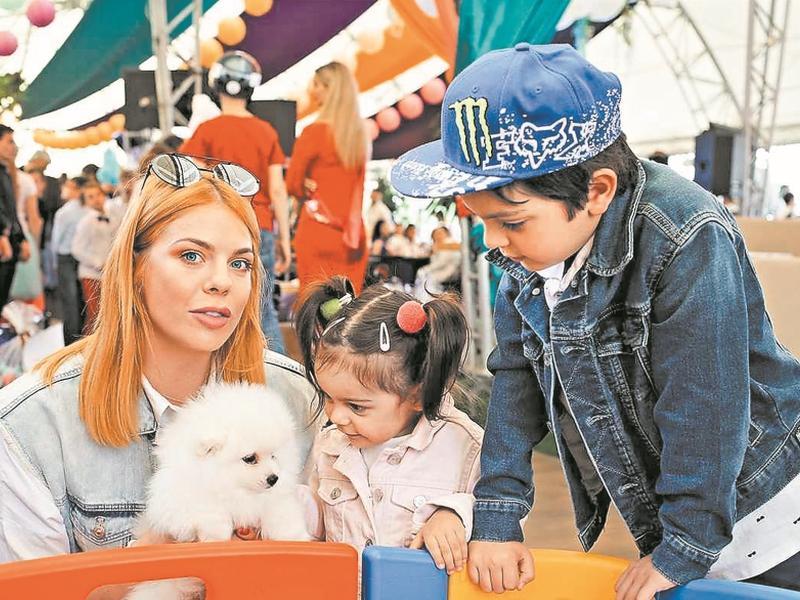Стоцкая с детьми // фото: пресс-служба Анастасии Стоцкой