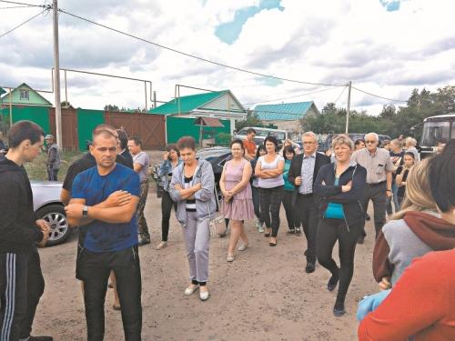 Губернатор приезжает без охраны, но с видеооператором // фото в статье: Дмитрий Соколов