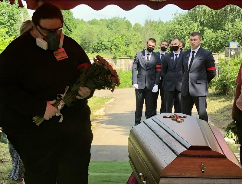 Лука Затравкин на похоронах Анатолия Трушкина // Фото: автора