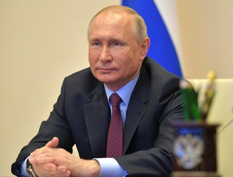 Путин заявил о продлении программы льготной ипотеки до 1 июля 2022 года