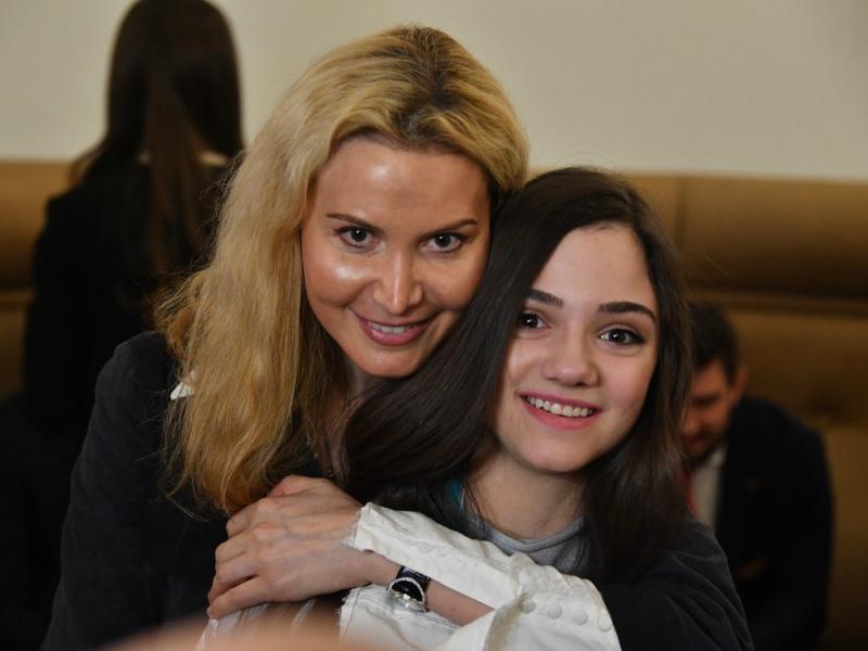 Этери Тутберидзе с Евгенией Медведевой // Фото: Global Look Press