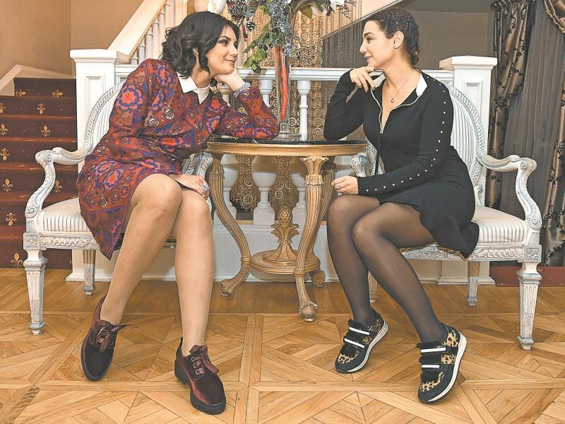 Дарья с двоюродной сестрой, бизнесвумен Мариеттой Азарян