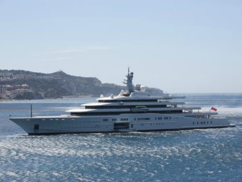 """Яхт-клуб """"Фром Раша"""". Какими судами владеют отечественные бизнесмены и политики"""