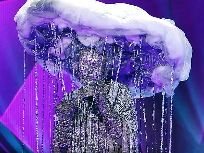 Шоу «Маска» на НТВ / фото: скриншот с Youtube