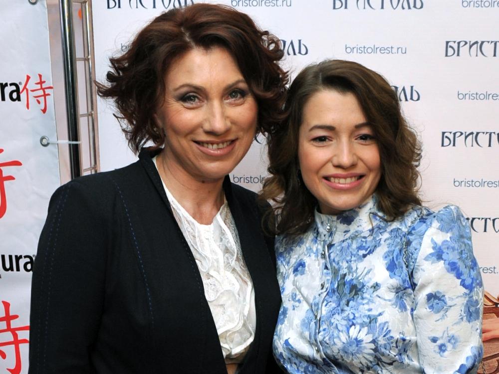 Роза Сябитова с дочерью Ксенией / фото: Global Look Press