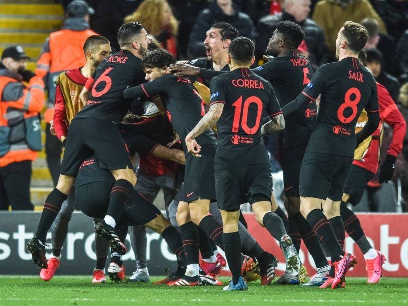 Футболисты «Атлетико» празднуют победу // Global Look Press