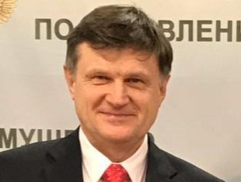 Анатолий Селищев
