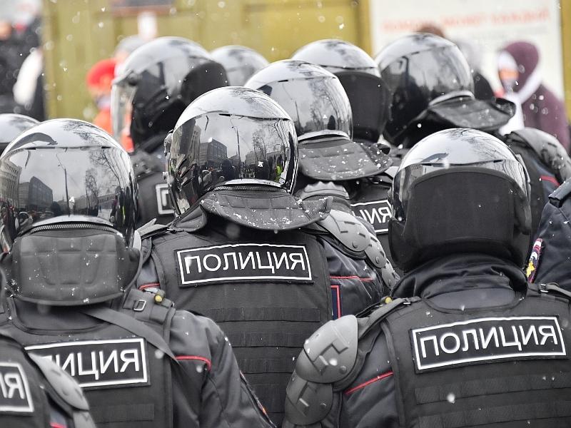 Дмитрий Быков: Во власти убеждены, что россияне в восторге от репрессий