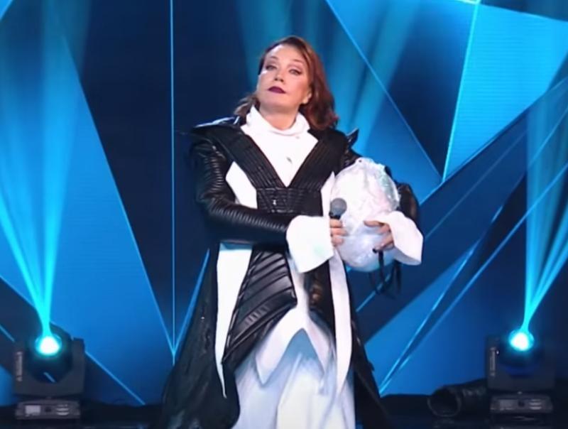 Азиза в костюме Пингвина // Фото: стоп-кадр НТВ