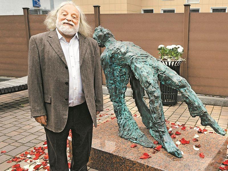 Григорий Потоцкий // Global Look Press; фото в статье: официальный сайт скульптора