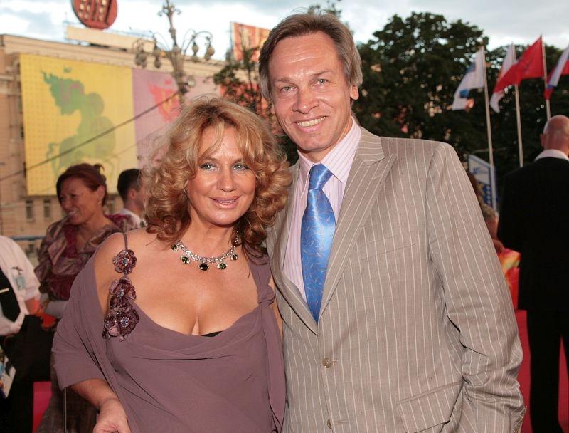 Алексей Пушков с женой Ниной//фото в статье: Global Look Press
