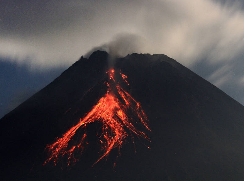 Земля бурлит: чем опасно массовое извержение вулканов и как пепел меняет климат