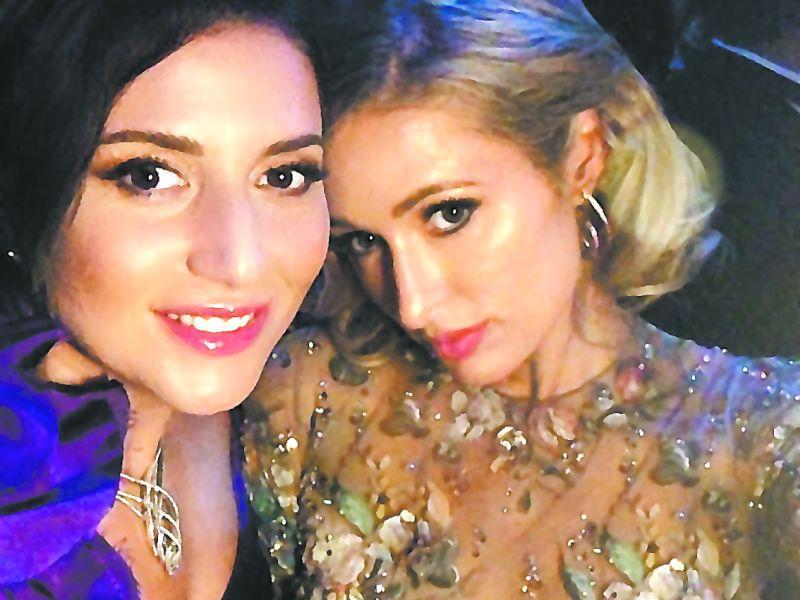 Жасмин и Пэрис Хилтон // фото из твиттер-аккаунта певицы