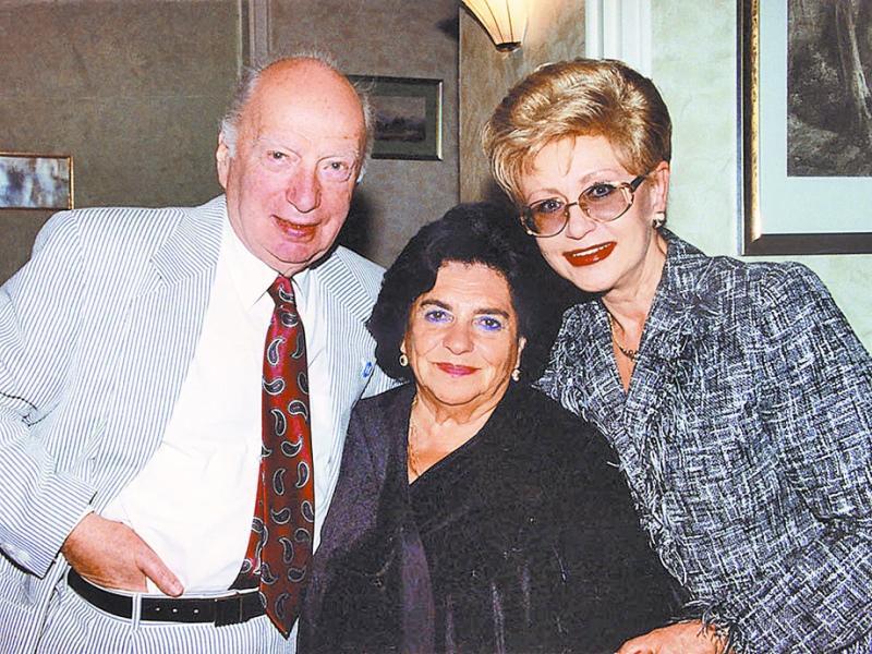 Слева направо: Оскар Фельцман, Евгения Кайдановская и диктор Центрального телевидения СССР Светлана Моргунова