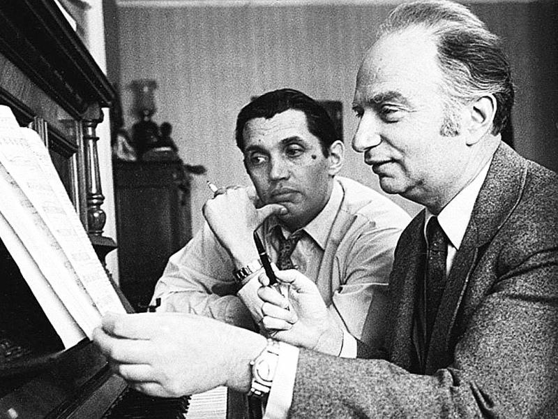Музыкант ценил дружбу с поэтом Робертом Рождественским