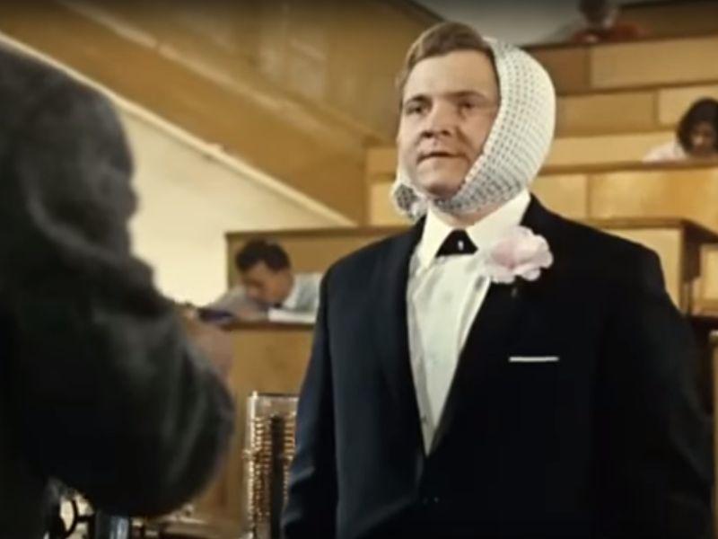 """стоп-кадр из фильма """"Операция """"Ы"""" и другие приключения Шурика"""""""