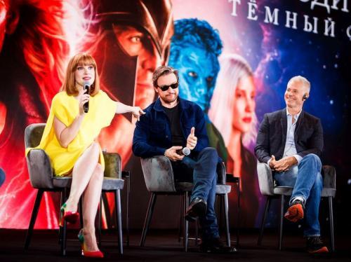 """Создатели фильма """"Люди Икс: Темный Феникс"""" // Фото: """"Двадцатый век Фокс СНГ"""""""
