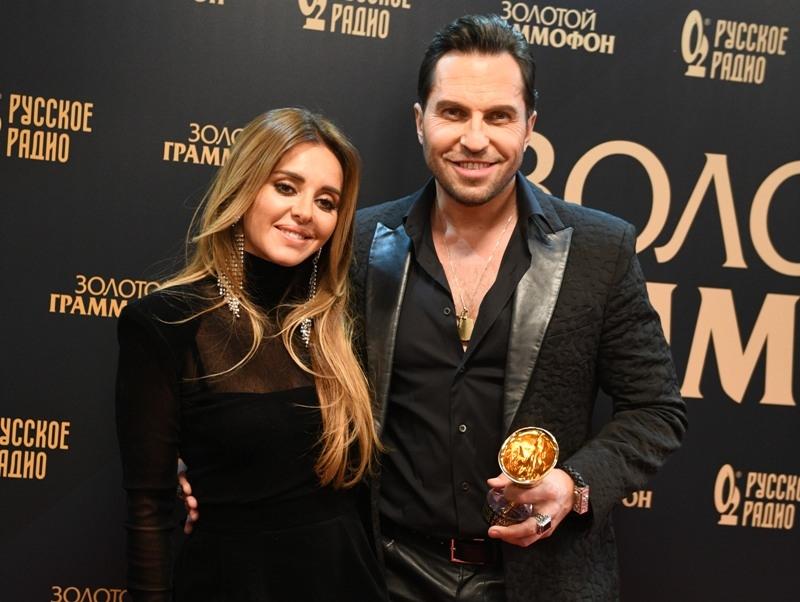 Александр Ревва с супругой // Фото: Global Look Press